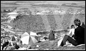 Huge-crowd-at-1970-Isle-of-Wight-Festival